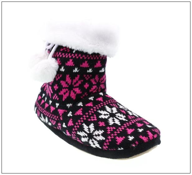 Papuci de casă taby.ro